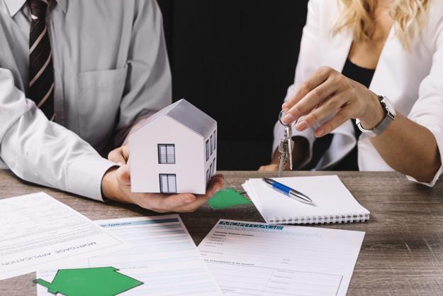 Umowa o dział spadku czy zniesienie współwłasności odziedziczonej nieruchomości