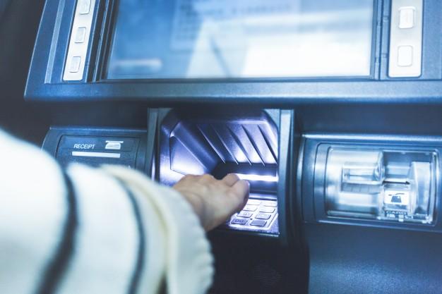 Dziedziczenie konta bankowego i pieniędzy przez spadkobierców w spadku