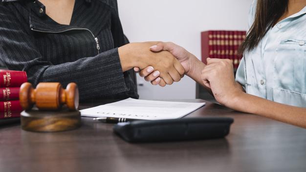 Przyznanie i przejęcie całego majątku przez jednego spadkobiercę