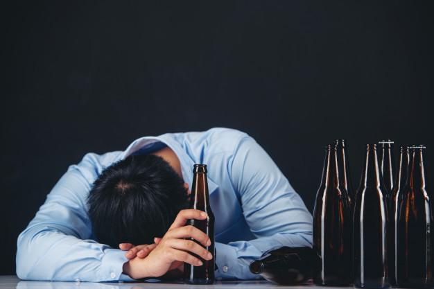 Unieważnienie testamentu uzależnionego od alkoholu alkoholika